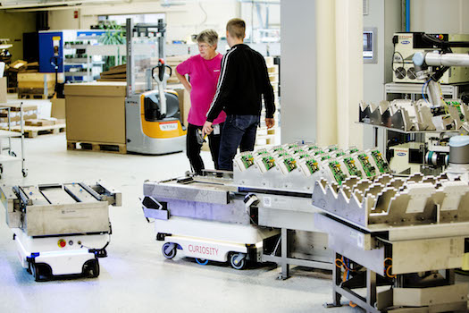 Kamstrup uses autonomous mobile robots (AMRs) from Mobile Industrial Robots to  transport semi-finished and finished items within its headquarters in Stilling, Denmark. It's planning to replicate the same level of flexible automation--with another fleet of seven to 10 AMRs--at its new production hall in the same city.